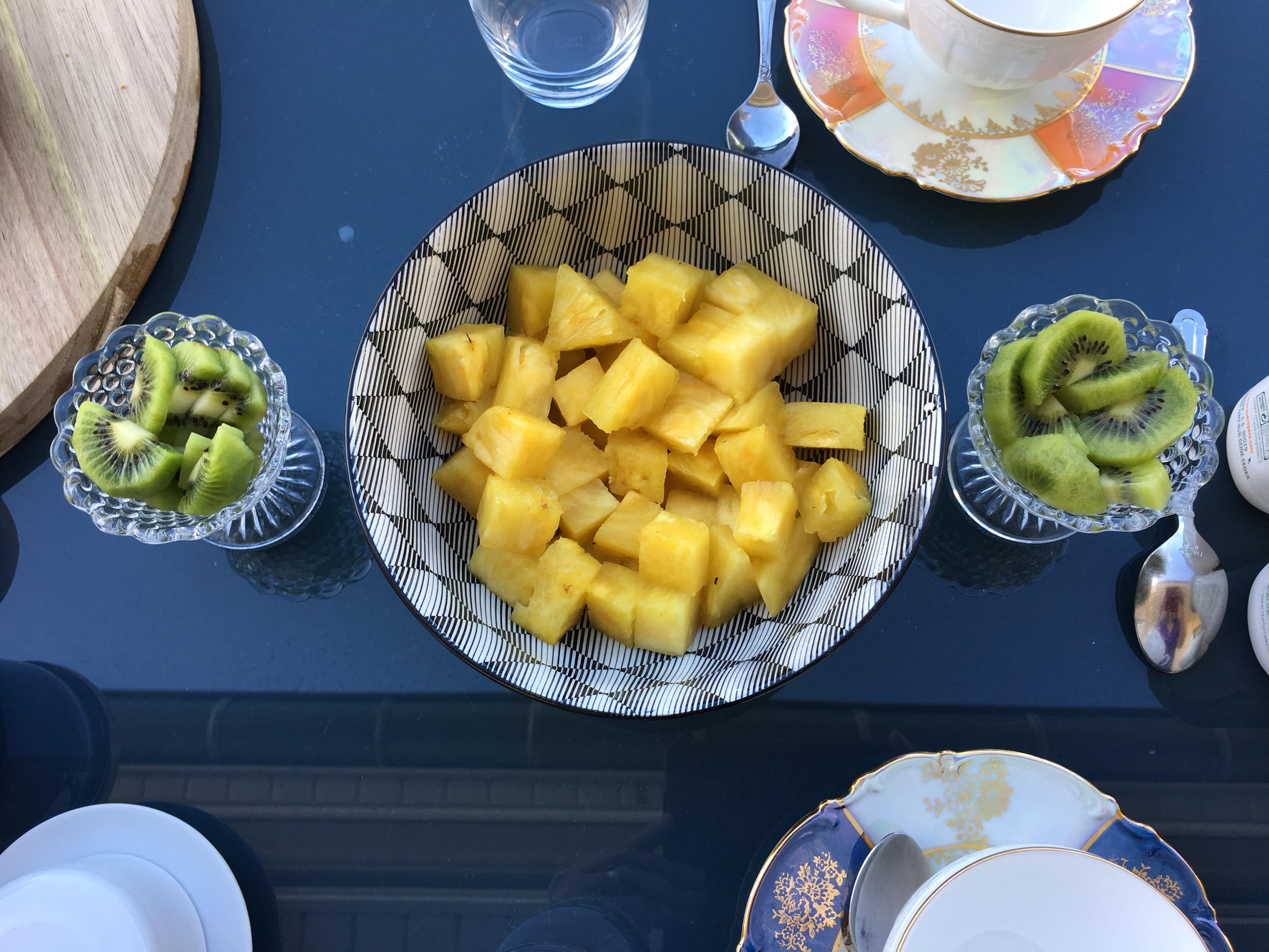 fruits frais au petit déjeuner chez Sleeping Bio Tea